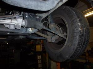 Unterboden Ford Scorpio 2.4 i CL 006