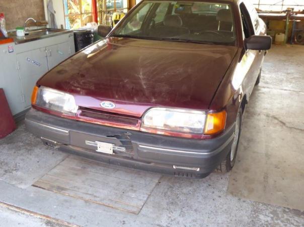 Ford Sierra und Foto Hallenräumung 005