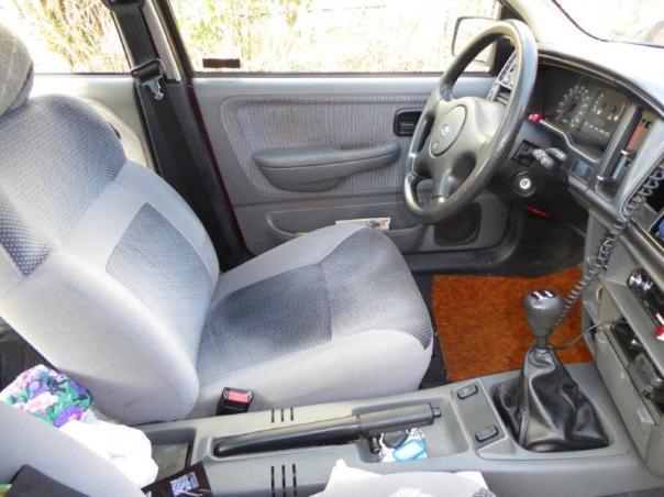 Ford Sierra Motor und Innenraum 047